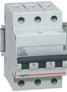 Legrand 4086 48 4 A Three Pole Mcb