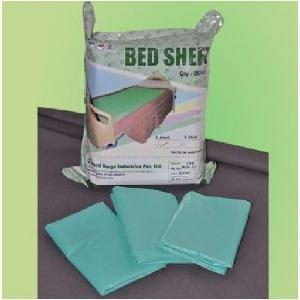 Psi 90 X 120 Cm Plastic Disposable Bed Sheets For Adult Psi-135/A