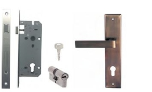 Yale Mortise Lock and Cylinder Lock Set 24-8545 BRSS/60DPDK/10-S