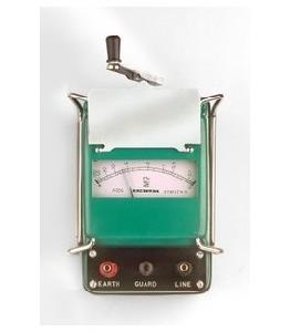 Waco Wi 502 Hand Operated Insulation Tester Resistance Range 100m Ohm