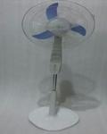 G Solar 2216P02 15W 16 Inch Pedestal Fan